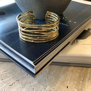 ✨Gold Express adjustable bracelet ✨